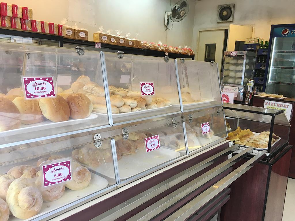 フィリピン、セブで庶民の味方、Anita'sのパンが安すぎた